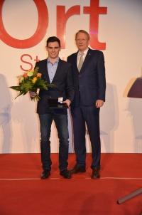 MTV Stuttgart 1843 e.V. - Tim-Oliver Geßwein erhält die Spieth-Medaille